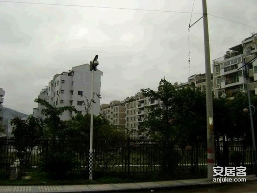 江滨锦城_2