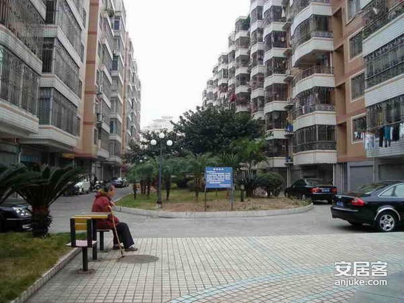 东城公寓_1