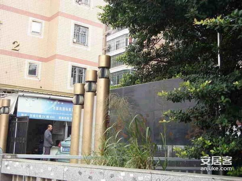 东城公寓_3